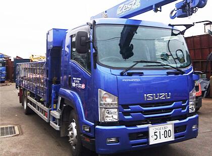 8tトラック(クレーン付)